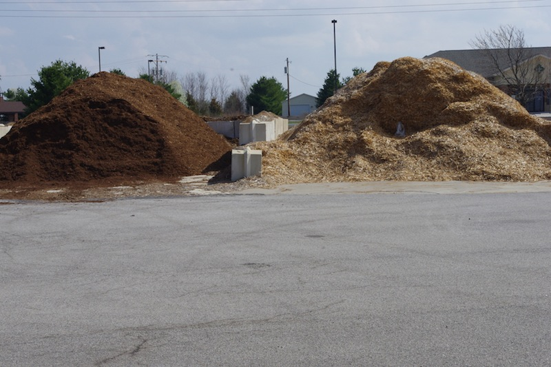 Landscaping Rock Decatur Il : Bulk mulch compost maske s organic gardening